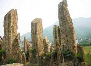 园林造景常用的石材及石墙景观的技法 (10)