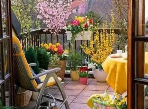 别人家阳台可以品茶赏花,你家阳台却只用来嗮被子? (29)